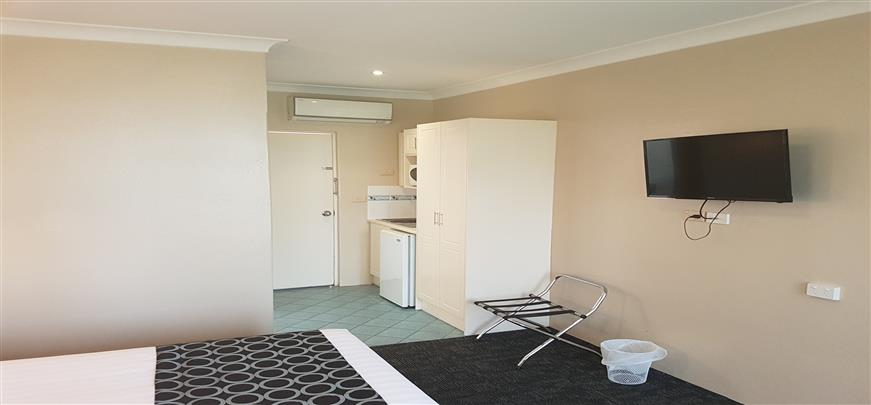 Superior Hotel Rooms Griffith NSW - Acacia Motel